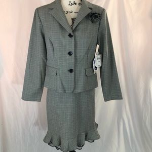 NWT Danny & Nicole houndstooth 2 piece suit